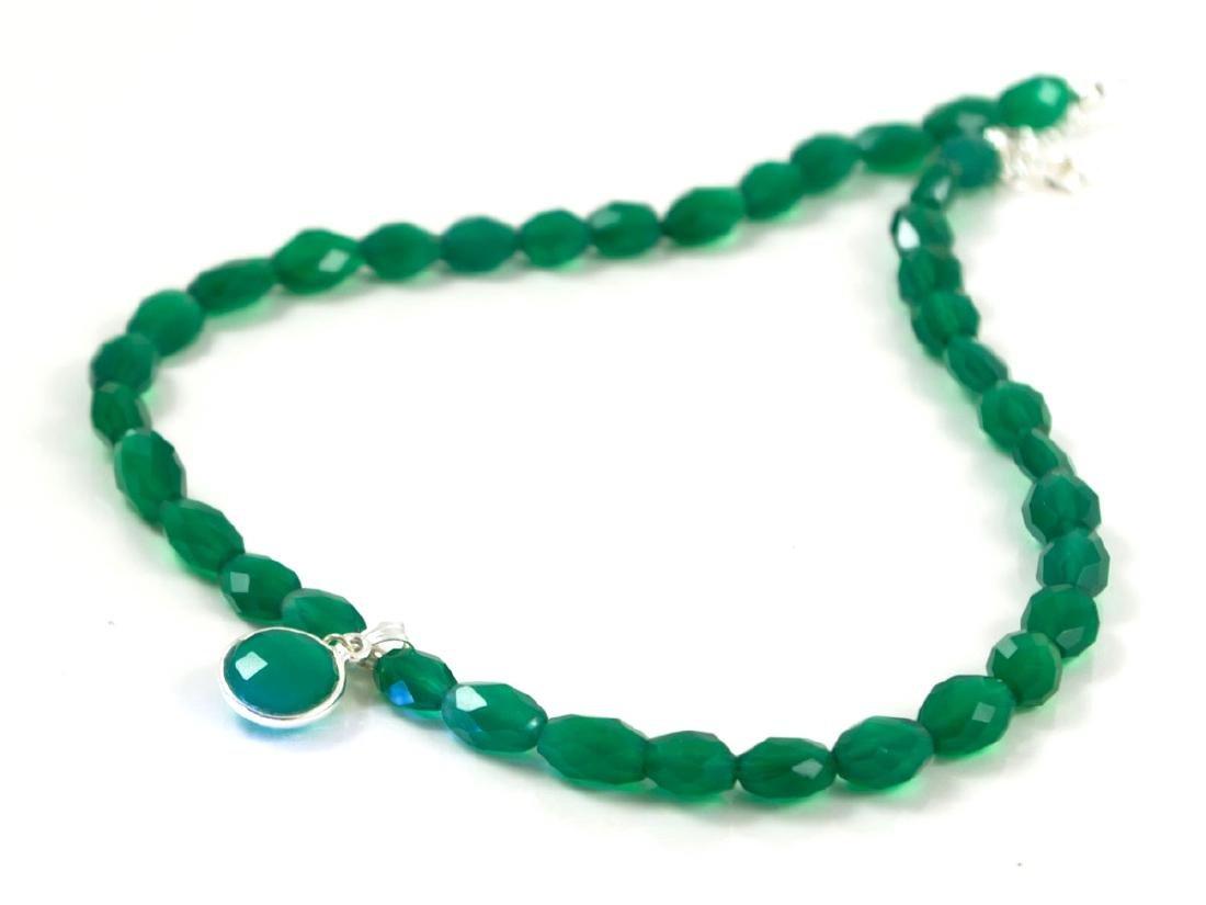 Genuine translucent Emerald Onyx necklace