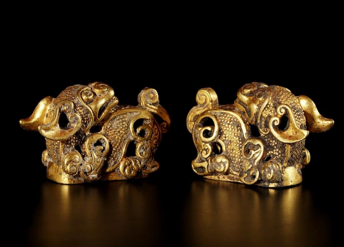 A PAIR OF GOLD LIONS , Tang Dynasty