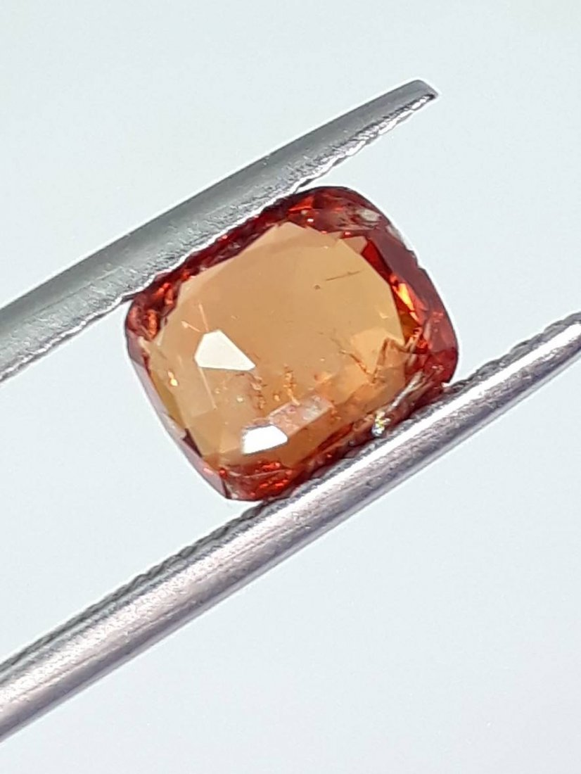 Natural Spinel - 1.255 ct. - 4