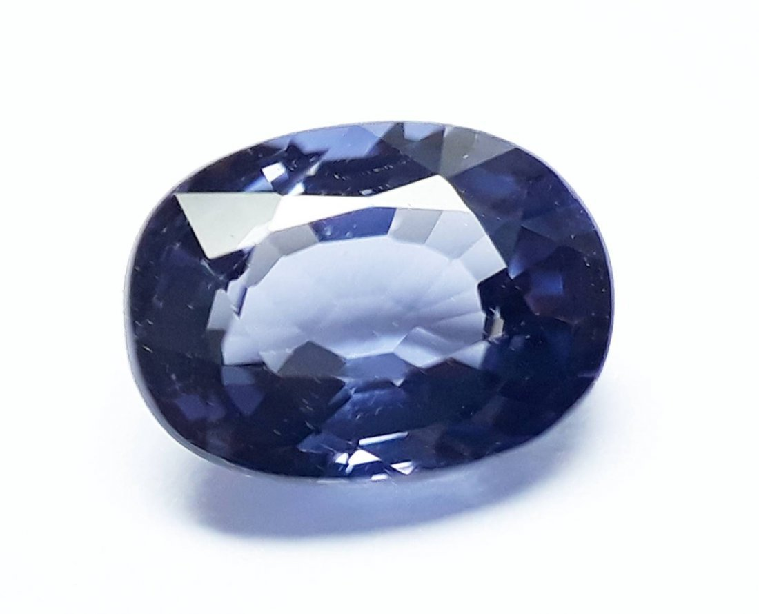 Natural Spinel with GGT Certificate - 0.70 ct. - 3