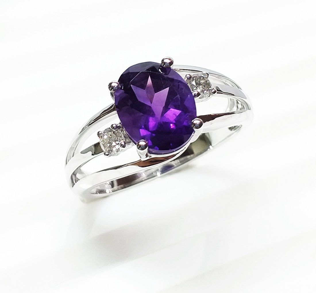 14 K White Gold, Amethyst & Diamond  Ring