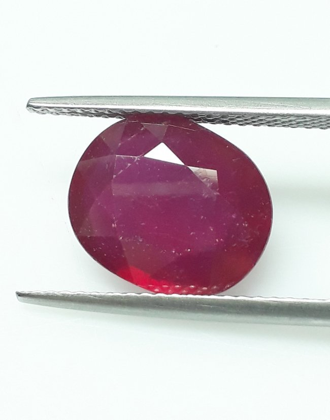 Natural Mozambique Ruby Oval - 5.62 ct. - 2