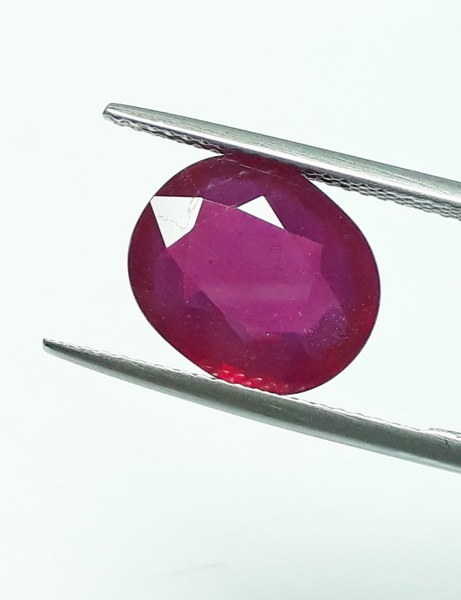 Natural Mozambique Ruby Oval - 5.62 ct. - 3