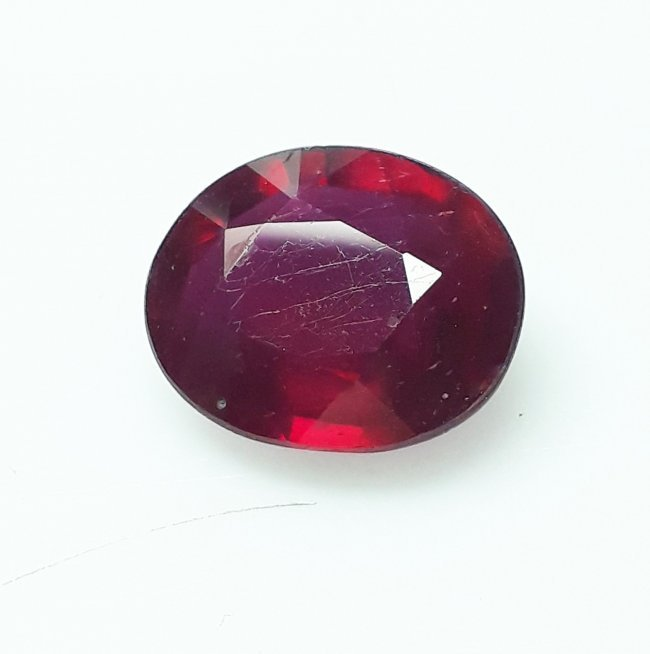 Natural Mozambique Ruby Oval - 5.10 ct. - 3