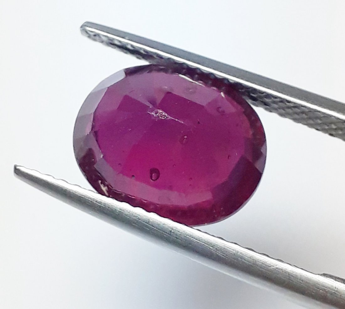 Natural Mozambique Ruby Oval - 5.83 ct. - 4