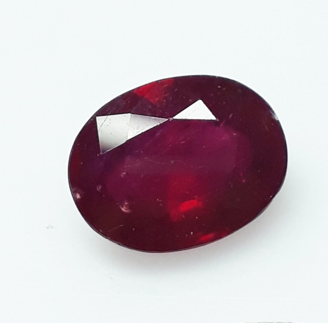 Natural Mozambique Ruby Oval - 4.67 ct. - 3