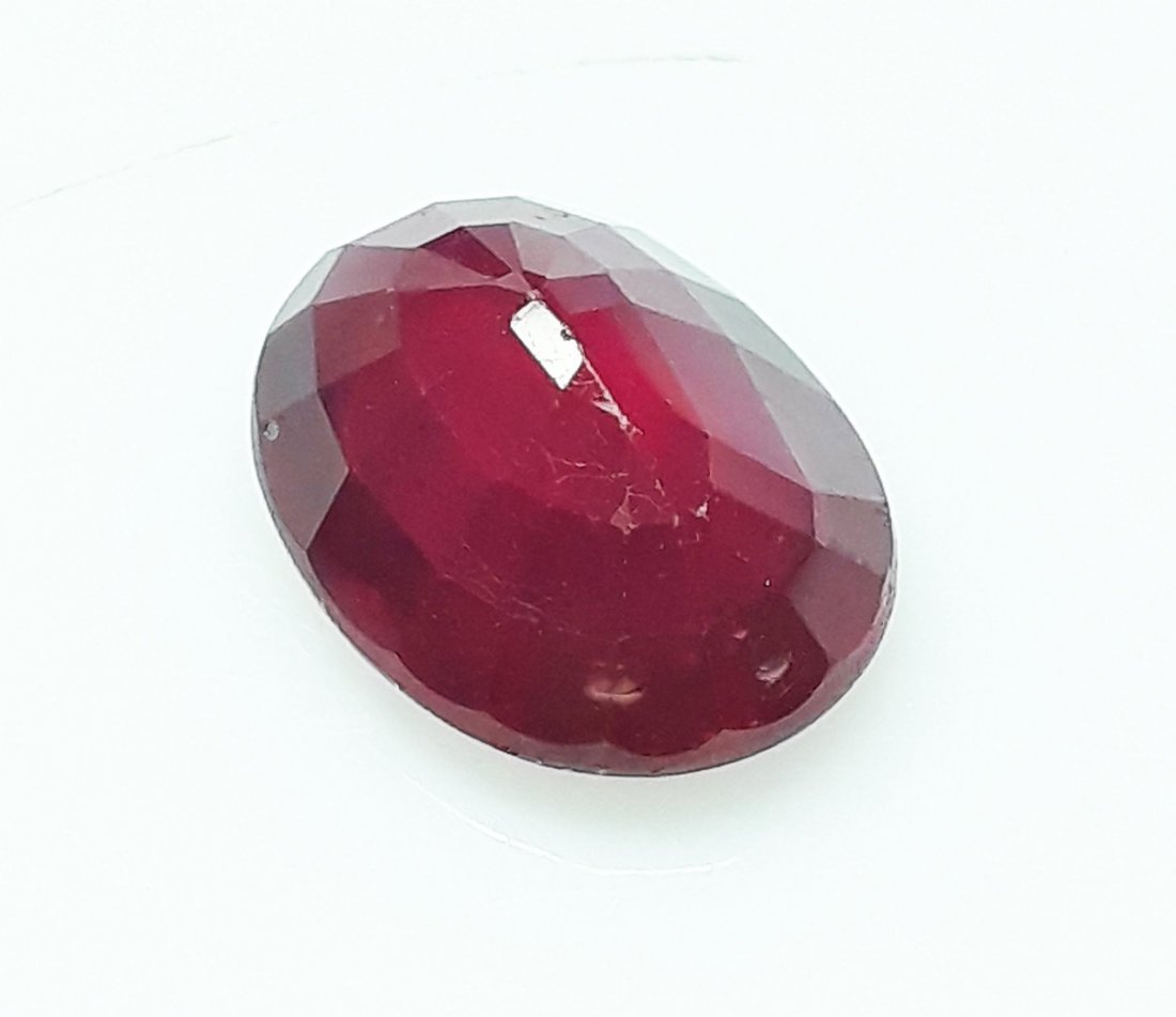 Natural Mozambique Ruby Oval - 4.67 ct. - 4