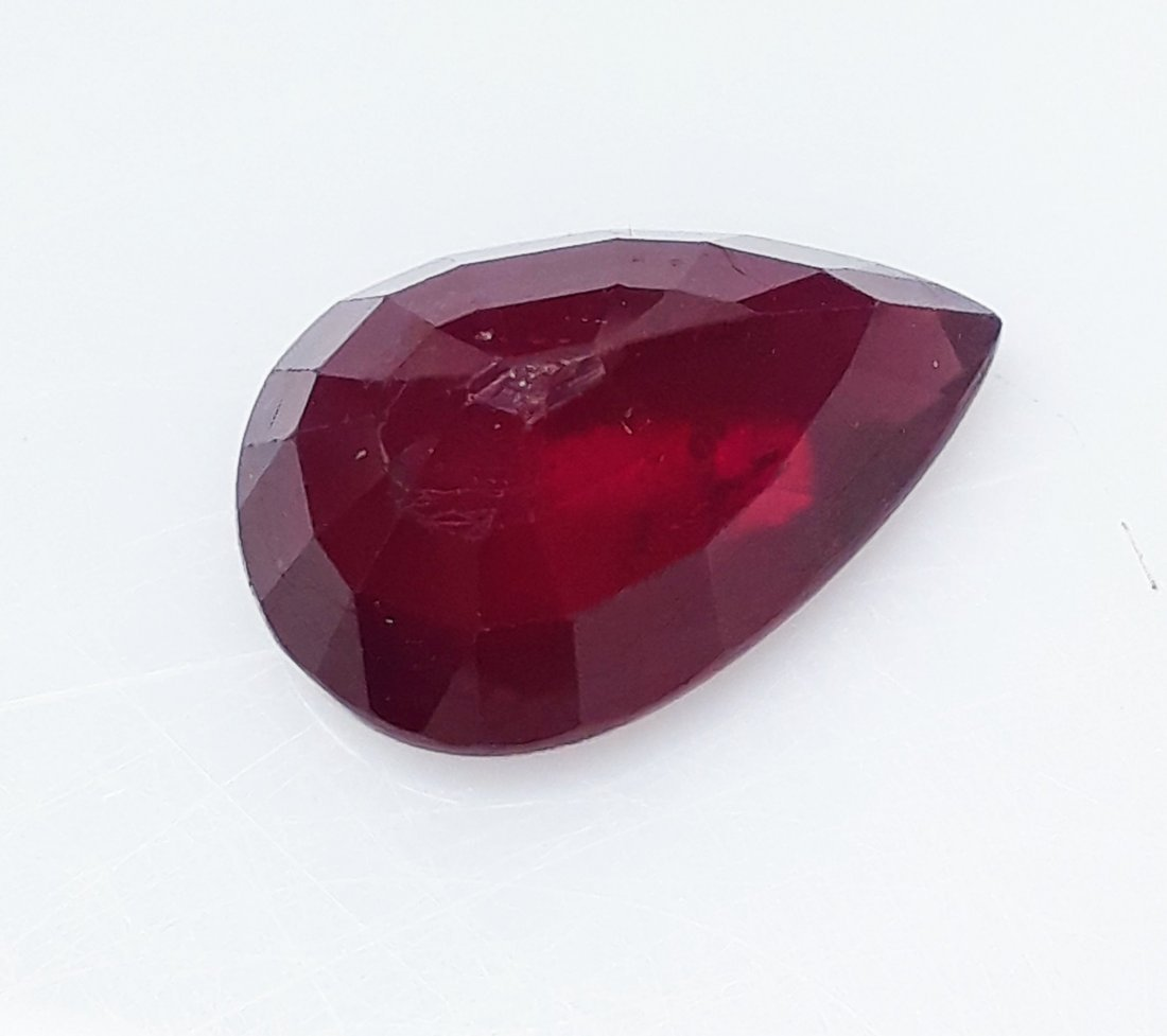 Natural Mozambique Ruby Pear - 5.45 ct. - 4