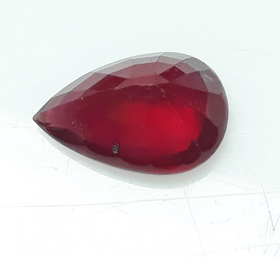 Natural Mozambique Ruby Pear - 4.52 ct. - 3