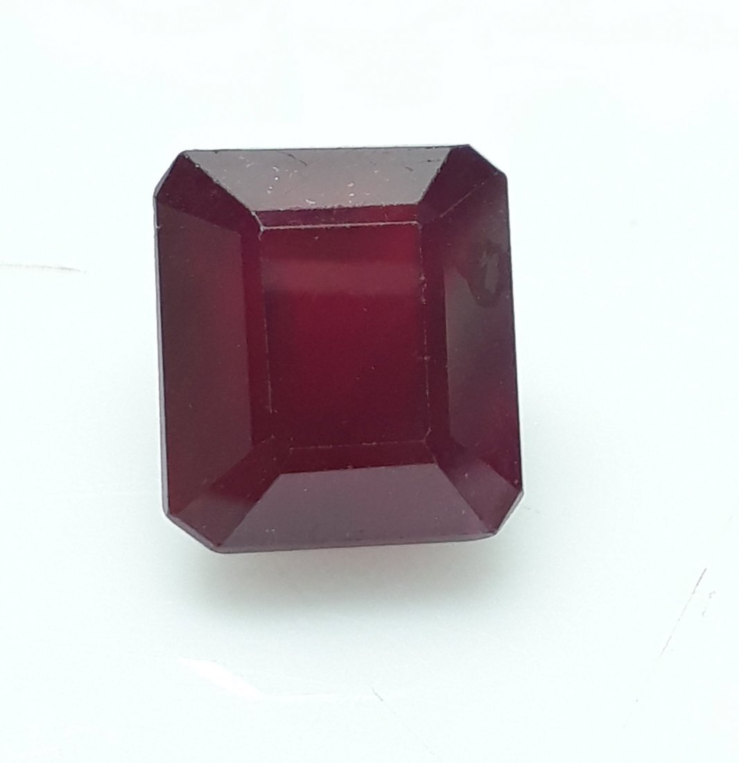 Natural Mozambique Ruby Emerald Cut - 6.18 ct. - 2
