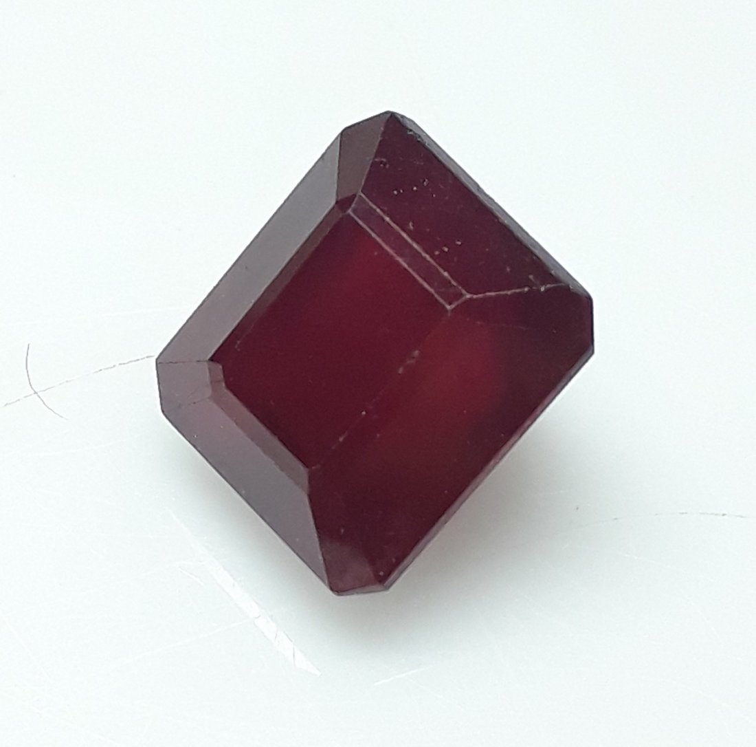 Natural Mozambique Ruby Emerald Cut - 6.18 ct. - 4