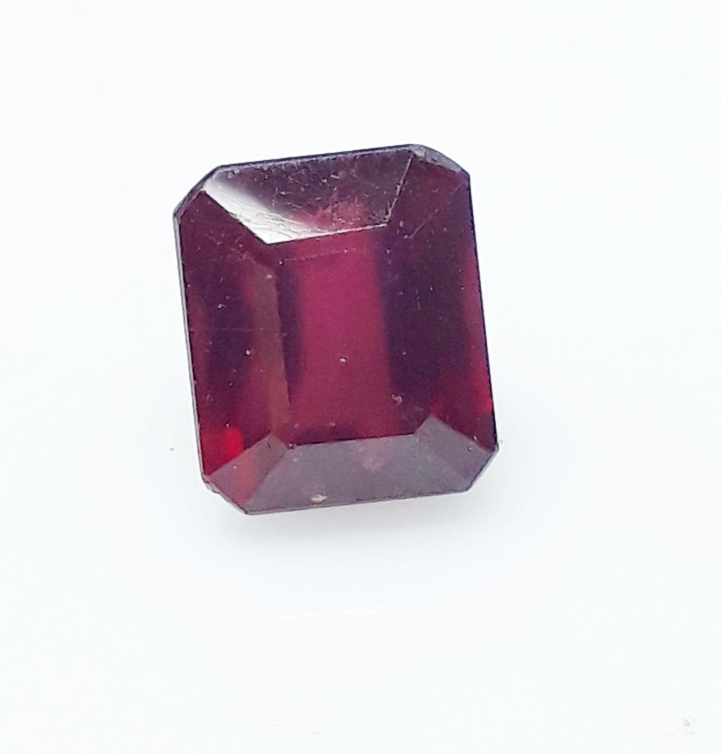 Natural Mozambique Ruby Emerald Cut - 5.45 ct. - 4