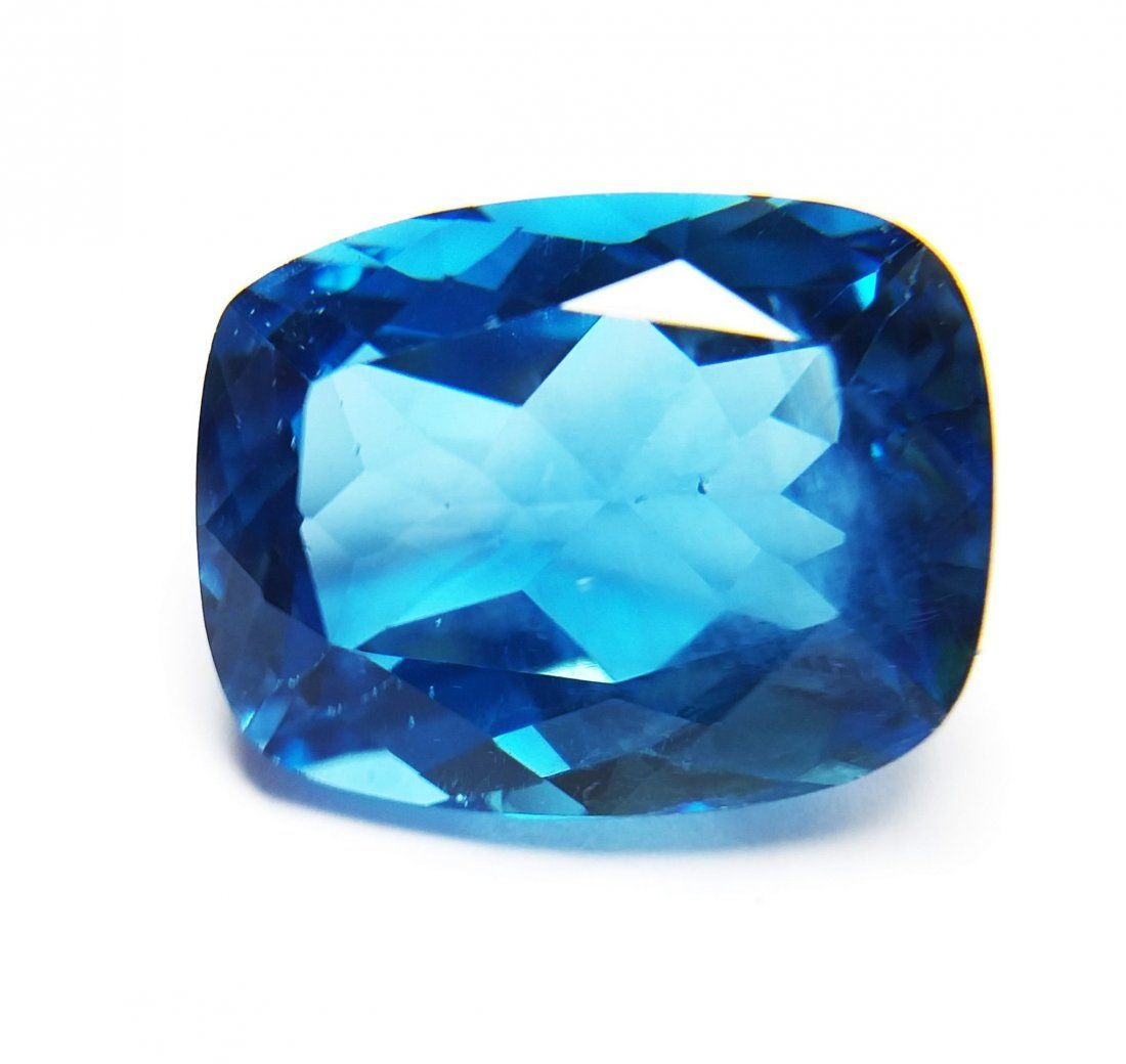 Topaz 9.230 ct. - London Blue - Cushion Facet Cut