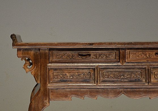 Precious Old 18th Chinese Huanghuali Wood  Side Table - 3