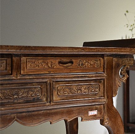 Precious Old 18th Chinese Huanghuali Wood  Side Table - 8