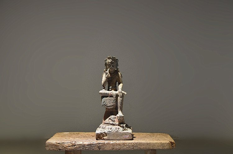 Fine Old Chinese Stone Carved Buddha