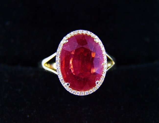 6.50 ct ruby and diamonds rose gold ring