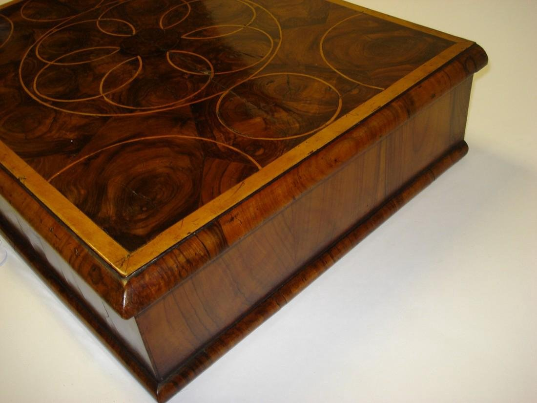 A large William & Mary walnut oyster veneered lace box - 5