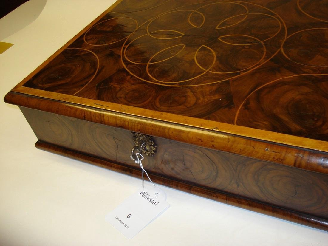 A large William & Mary walnut oyster veneered lace box - 6