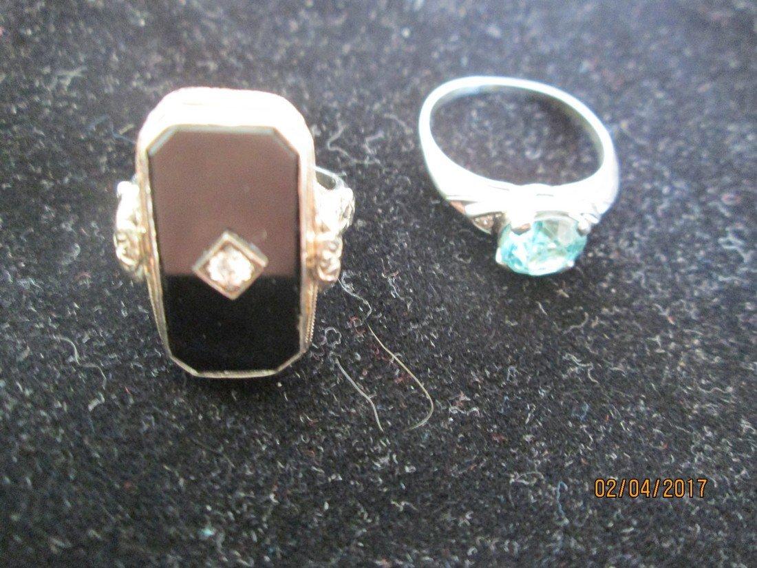 Lot of vintage rings