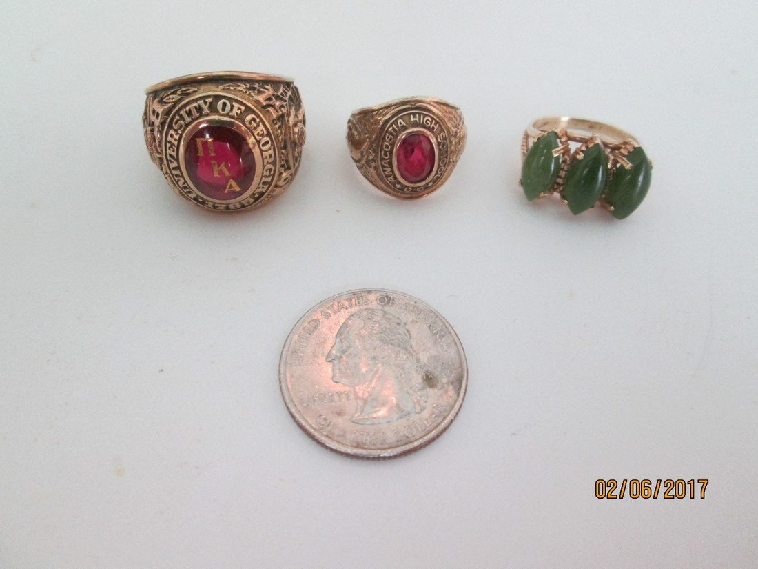 Lot of three rings
