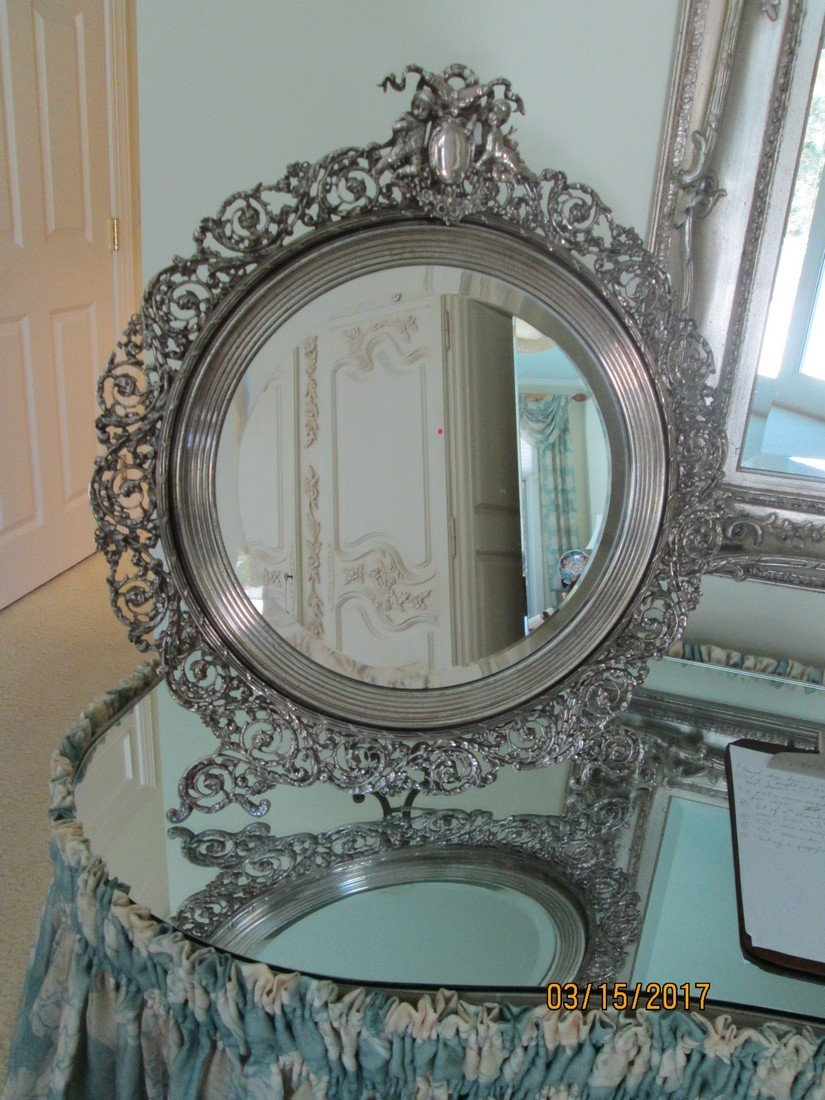 Monumental SP vanity mirror