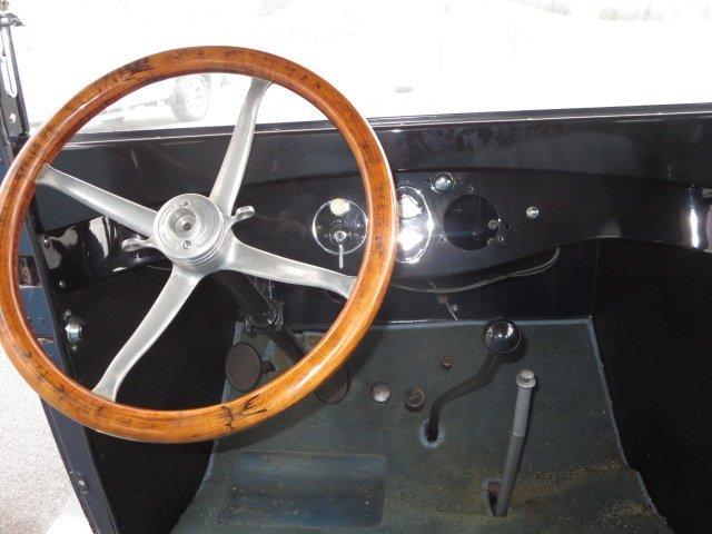 1924 Overland Sedan - 2