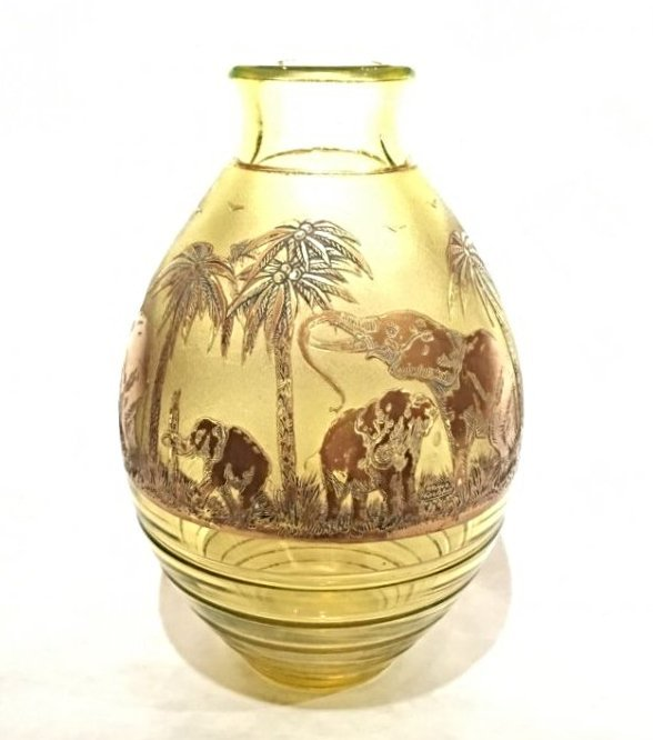 RARE ART DECO MOSER GLASS WITH ELEPHANTS VASE