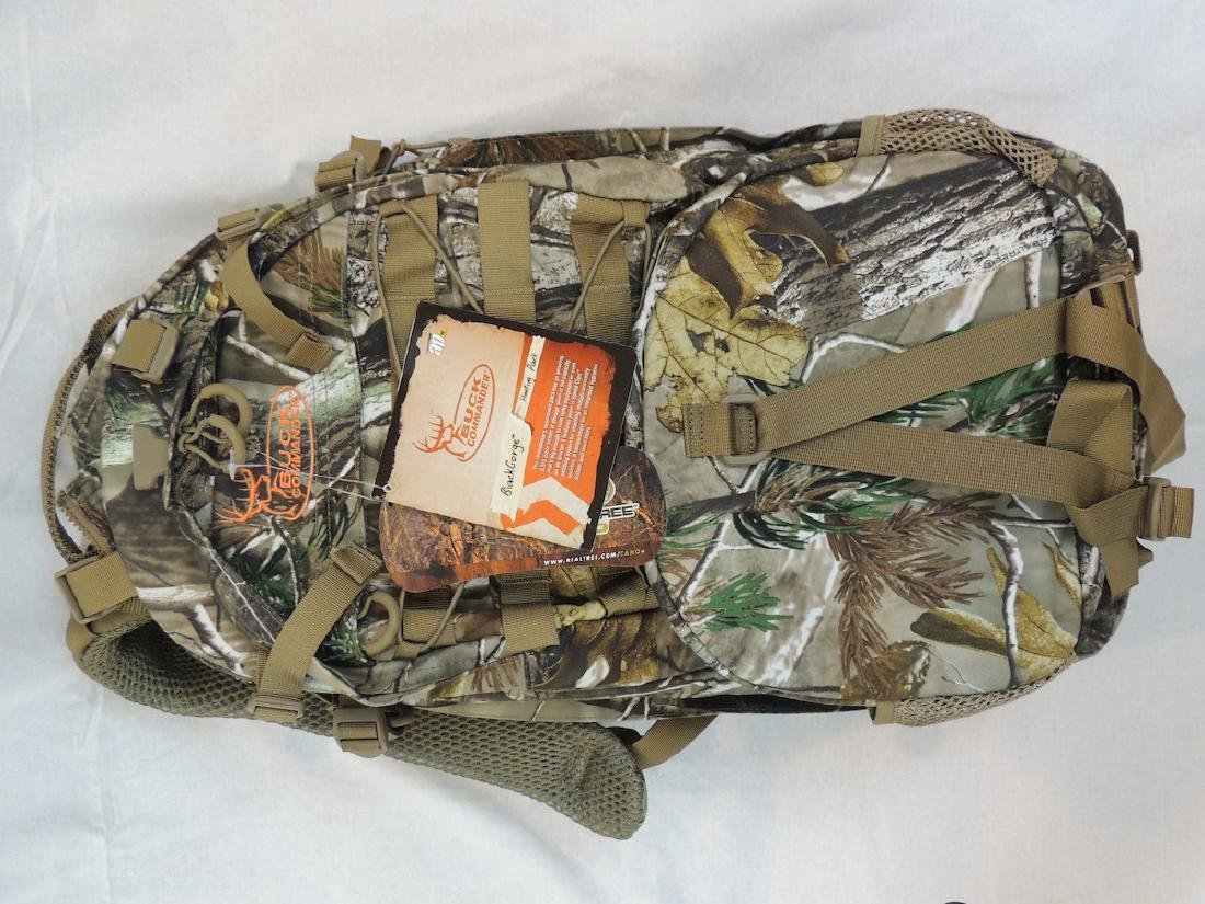 Buck Commander Black Gorge Hunting Pack New with Duck