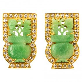 EXQUISITE 18K GOLD DIAMOND JADE EARINGS