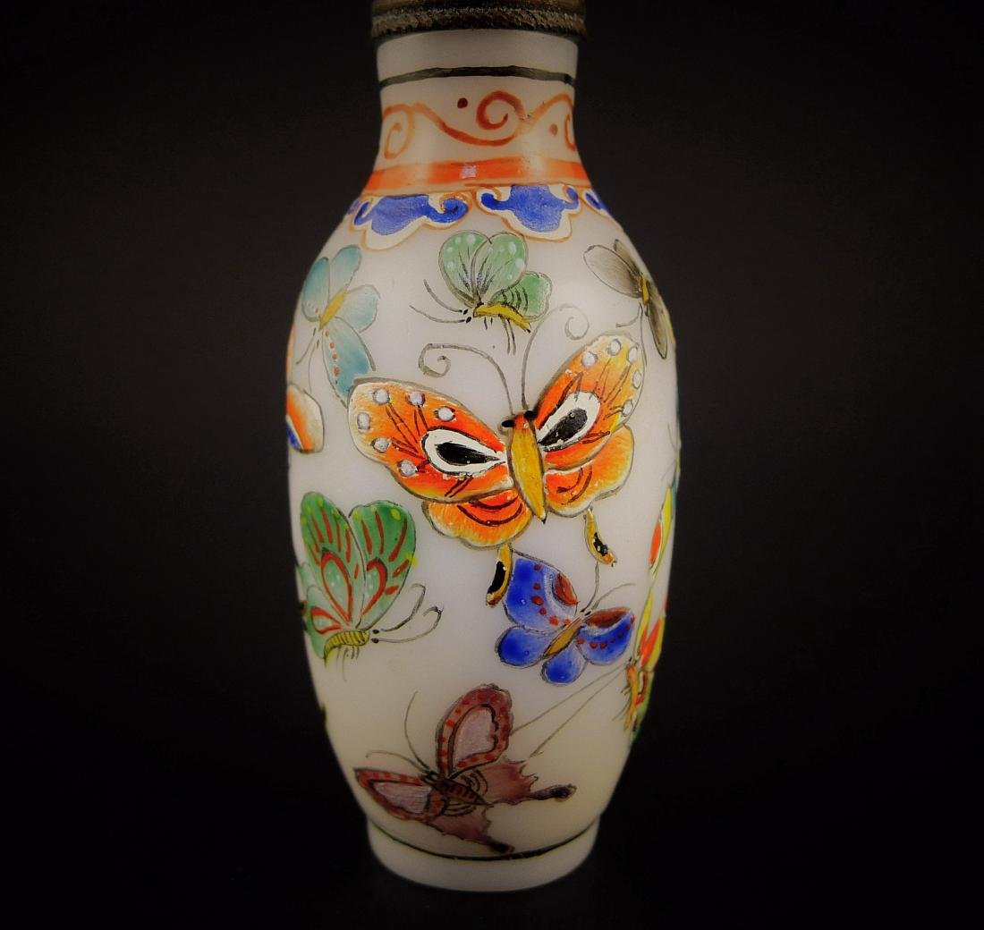 A Chinese Glassware Enamel Colors Snuff Bottle - 3
