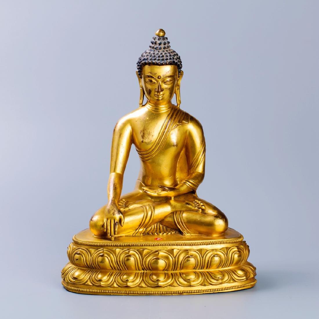 MING GILT BRONZE CROWNED SHAKYAMUNI BUDDHA