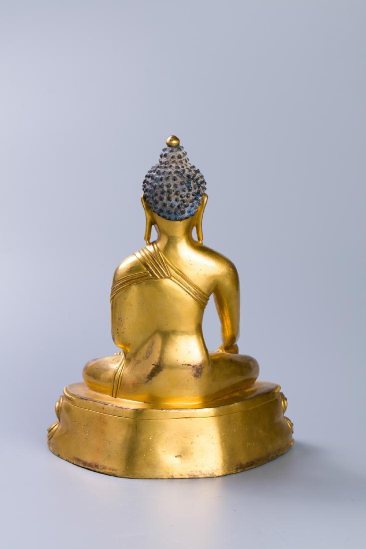 MING GILT BRONZE CROWNED SHAKYAMUNI BUDDHA - 3