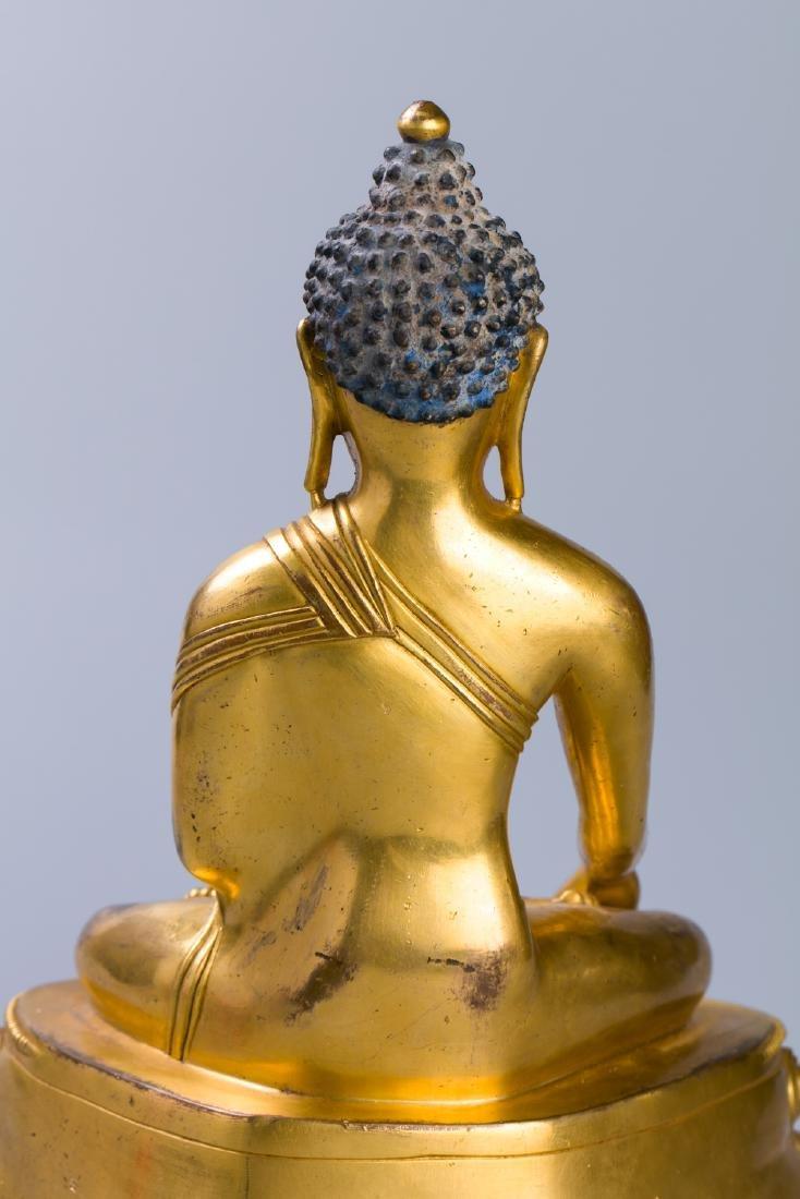 MING GILT BRONZE CROWNED SHAKYAMUNI BUDDHA - 7