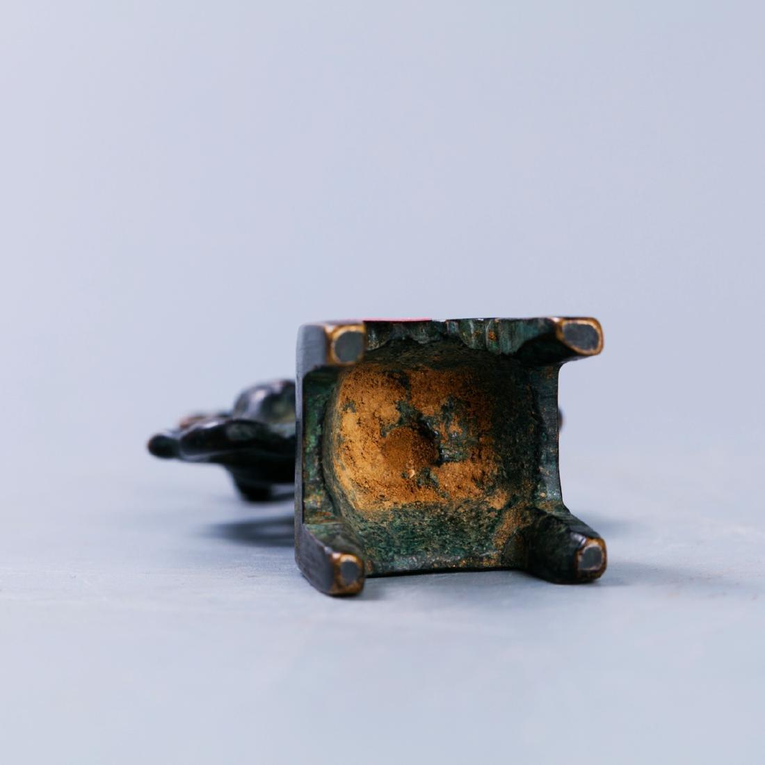 A Chinese Bronze Buddha Figure - 5