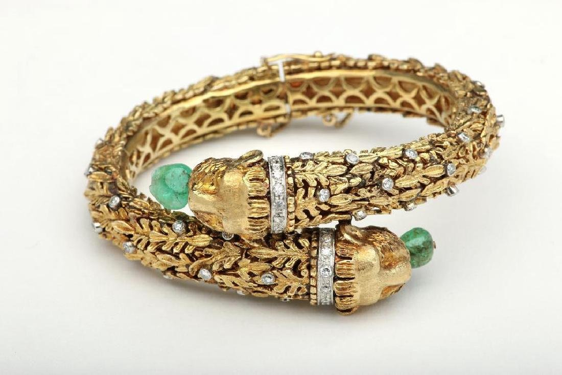 18K Yellow Lions Head Bangle with Emerald and Diamonds - 3