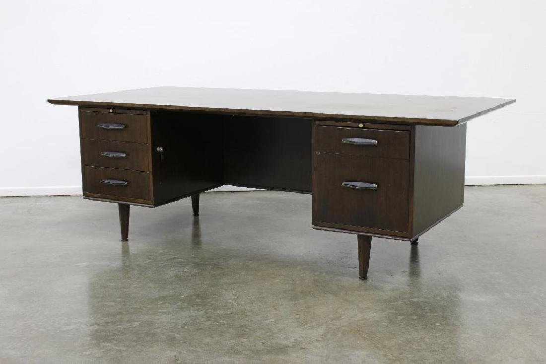 Monteverdi-Young Executive Desk and Chair - 2
