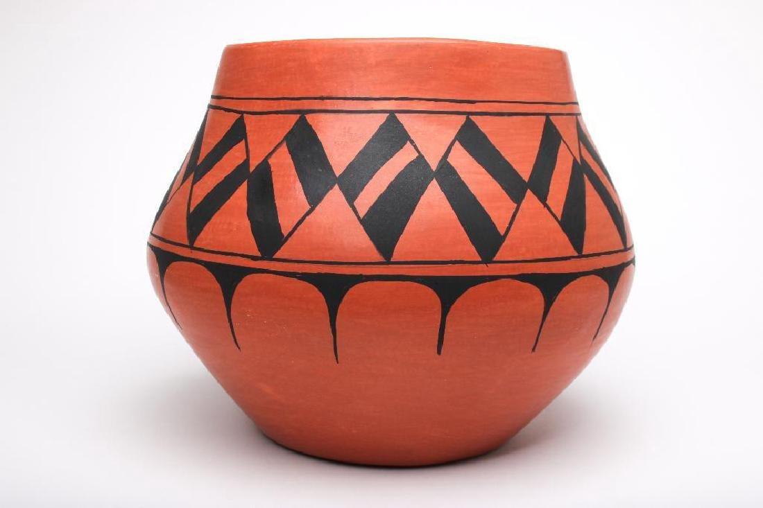 Rafaelita Aguilar Santo Domingo Native American Pottery