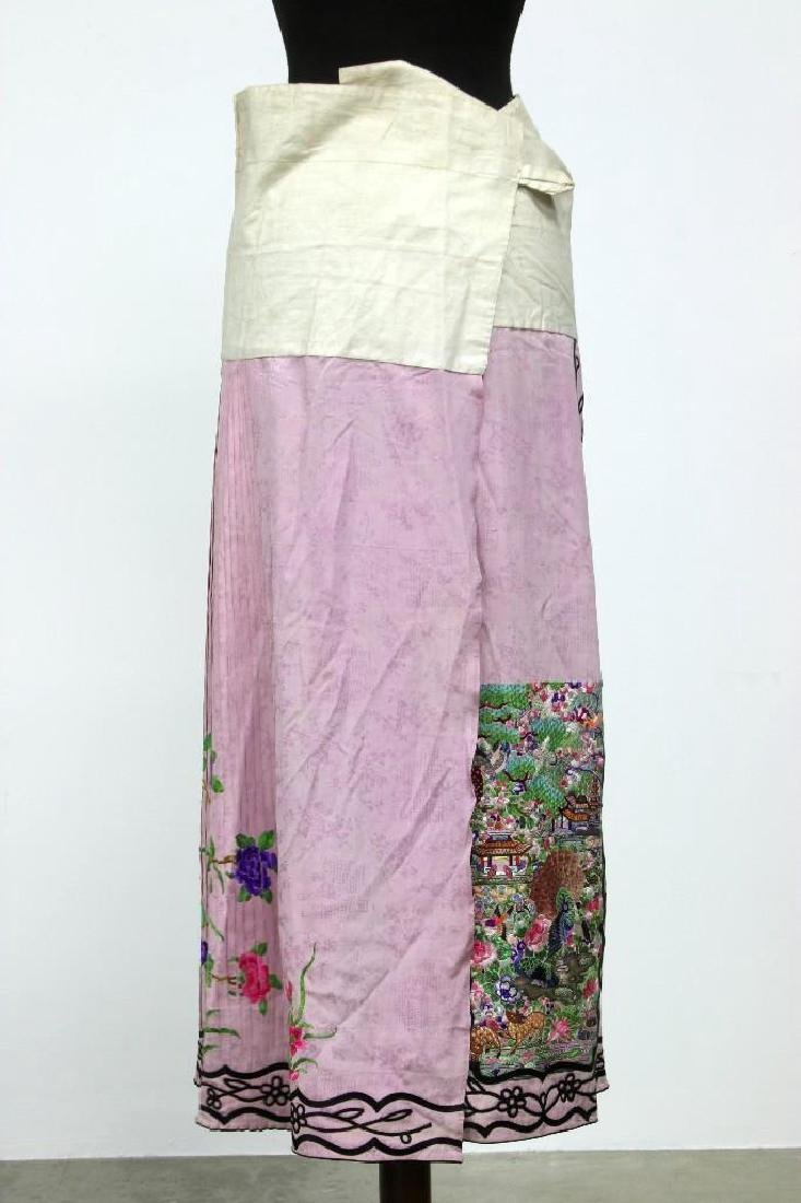 Chinese Scenic Embroidered Silk Pleated Skirt Pink