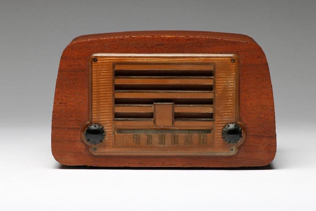 Charles Eames Bentwood Emerson Vintage Tube Radio