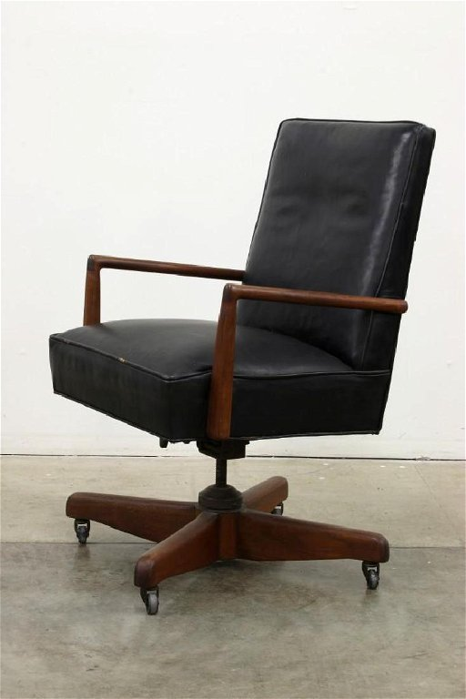 Swell Vintage Leather Executive Desk Chair Gamerscity Chair Design For Home Gamerscityorg