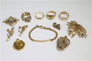 14K Gold Stamped Group of (11) Jewelry Rings, Brooch
