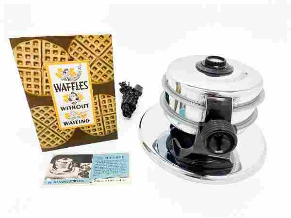 Manning Bowman Twin-O-Matic Double Waffle Iron