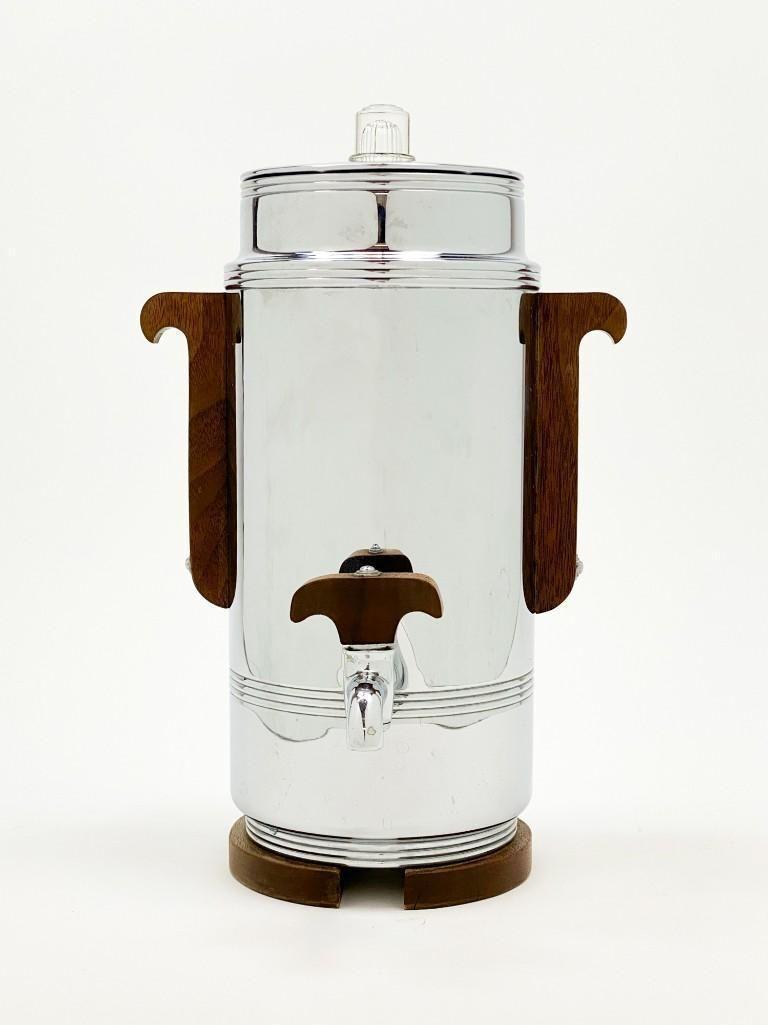 Manning Bowman Pioneer Chrome Walnut 9 Cup Coffee Maker