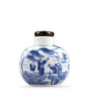 A Blue and White 'Figure and Landscape' Snuff Bottle,