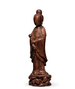 A Carved Aloeswood Figure of Guanyin, Qing Dynasty