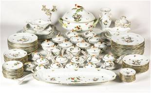 HEREND dinner service for 12 persons, motif