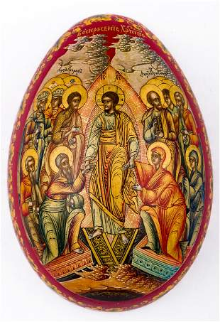 A VERY FINE PAINTED EASTER EGG SHOWING THE DESCENT OF