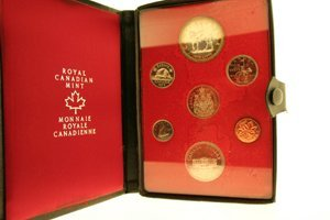 4247: Double Struck Canadian Coins