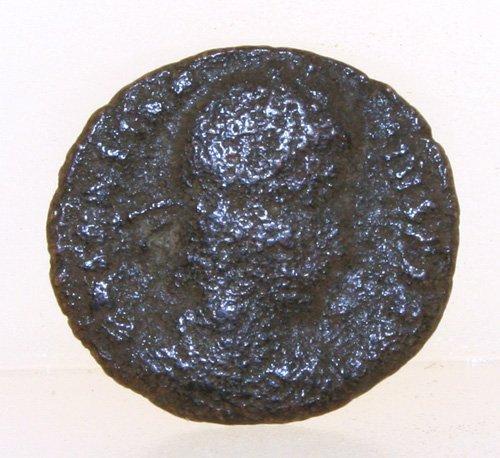 5017: ANCIENT ROMAN COIN